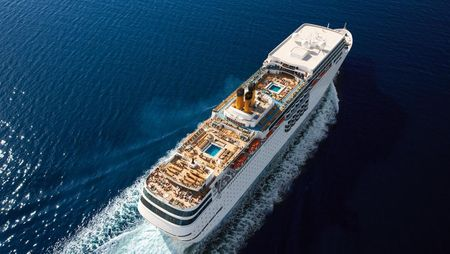 6 Most Amazing Cruises In India For Your Honeymoon!