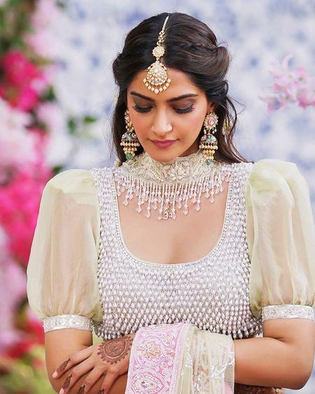 Trending: Now Make Your Dupatta Your Jewellery, Inspired By Sonam's Veere Di Wedding Look!