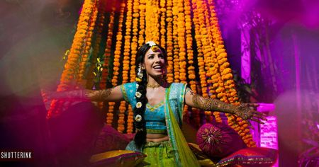 Stunning Delhi Wedding With A Bride In Bright Red!