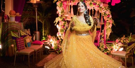 A Colourful Delhi Wedding With Stunning Decor And A Bride In Gorgeous Outfits!