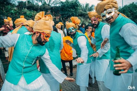 Quick Ways To Make Your Baraat Memorable And Epic In Every Way!