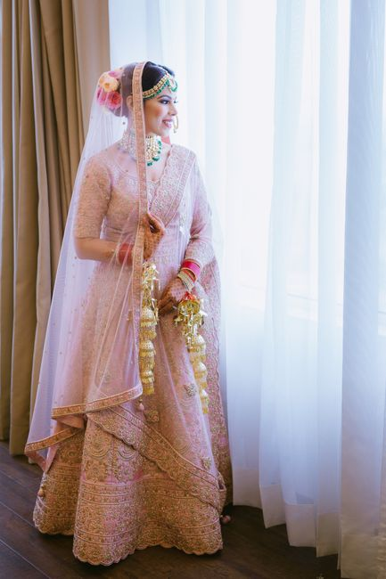 A Stunning Wedding In Hues Of Peach With Perfectly Coordinated Bride & Groom