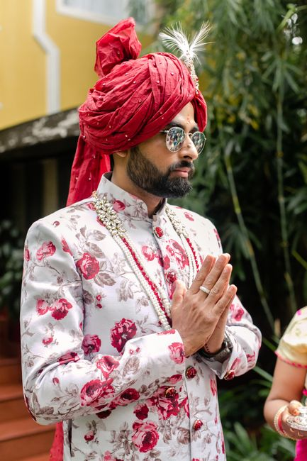 10 Stylish & Unique Ways For Grooms To Tie The Safa!