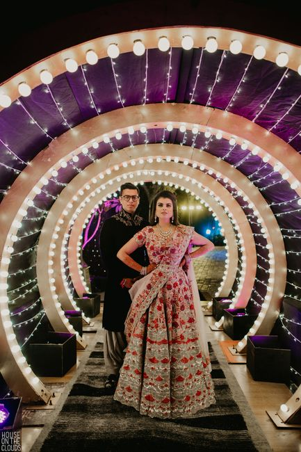A Glam Udaipur Wedding With A Beautiful Sangeet Outfit!
