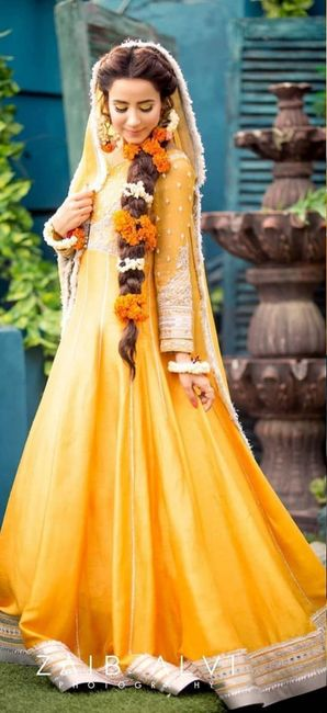 Stunning Hairstyle Inspirations From Pakistani Brides!