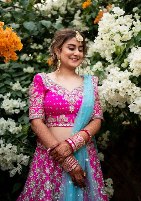 Jaipur Wedding With A Relaxed Vibe & Dazzling Bridal Outfits