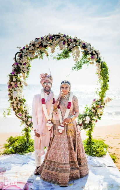 Stunning Sri Lanka Wedding With Gorgeous Bridal Outfits