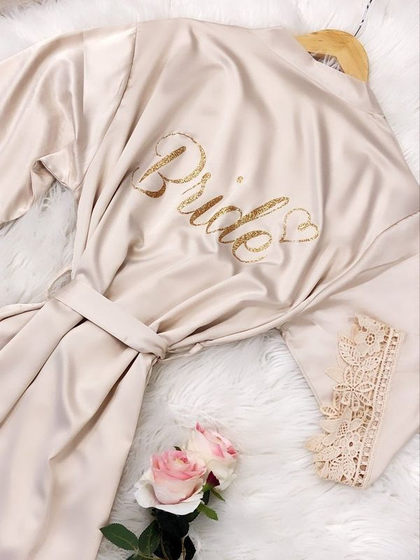 Wedding Gifts For Your Friends Getting Married Wedmegood
