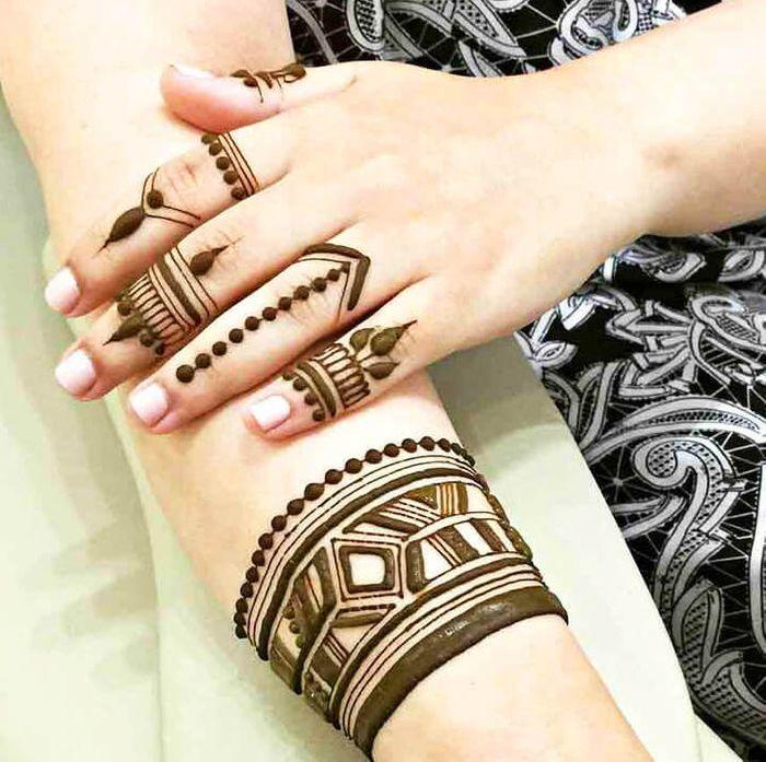 Arabic Mehndi Designs 30 Arabic Bridal Mehndi Designs Wedmegood