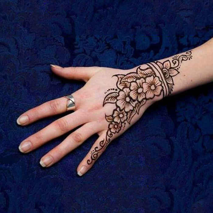 arabic mehandi simple design