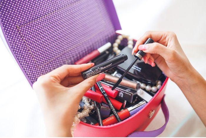 Lakme Makeup Bridal Kit: List Of Best