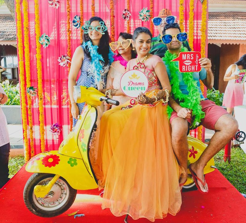 16 Diy Photo Booth Backdrops For Your Mehendi Cocktail Wedmegood