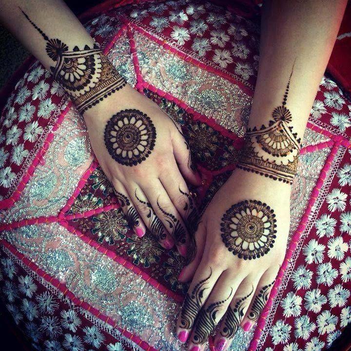 1443084431_Aayats_Mehndi_Studio