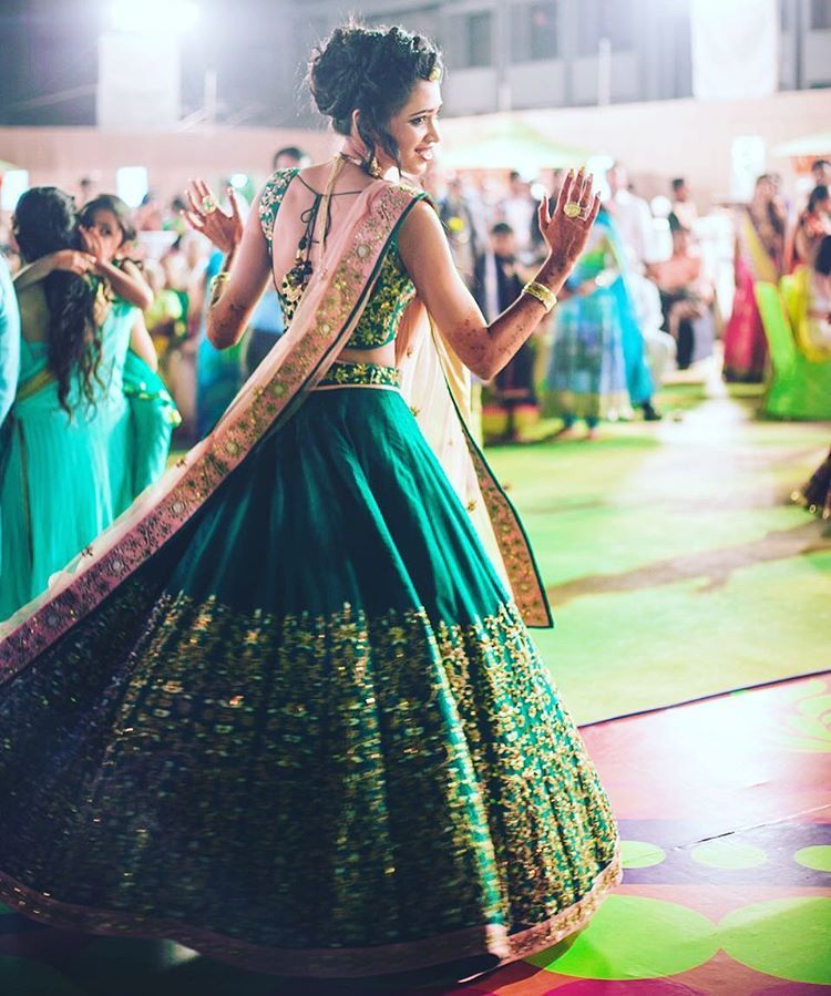 51084288248 Lehenga Colour Combinations That Are Killing It In 2017!