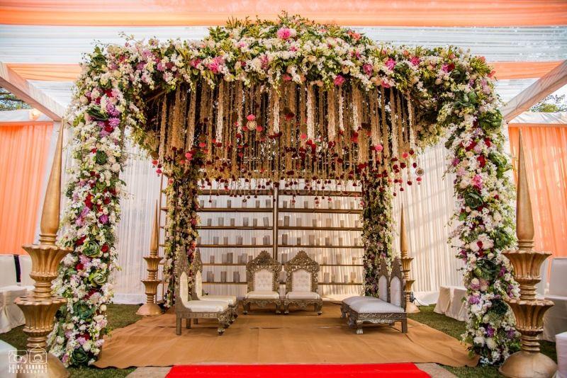 Pretty Mandaps For A Beautiful Summer Wedding Simple Minimal