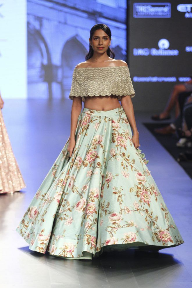 dbe19d9e4c8ba The Most Unique Lehenga Silhouettes We Spotted in Lakme Fashion Week 2017!