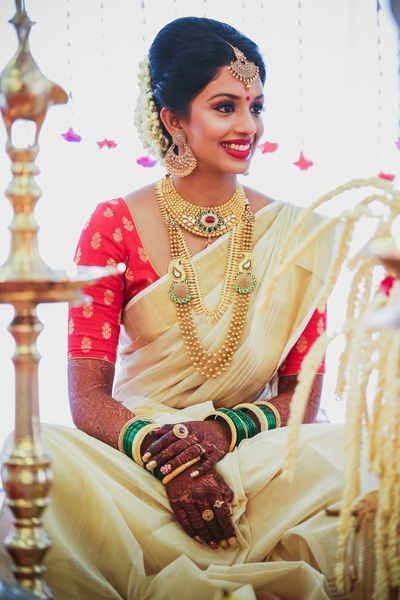 This One With The Bride In A Pretty Kasavu Saree And Contrasting Blouse