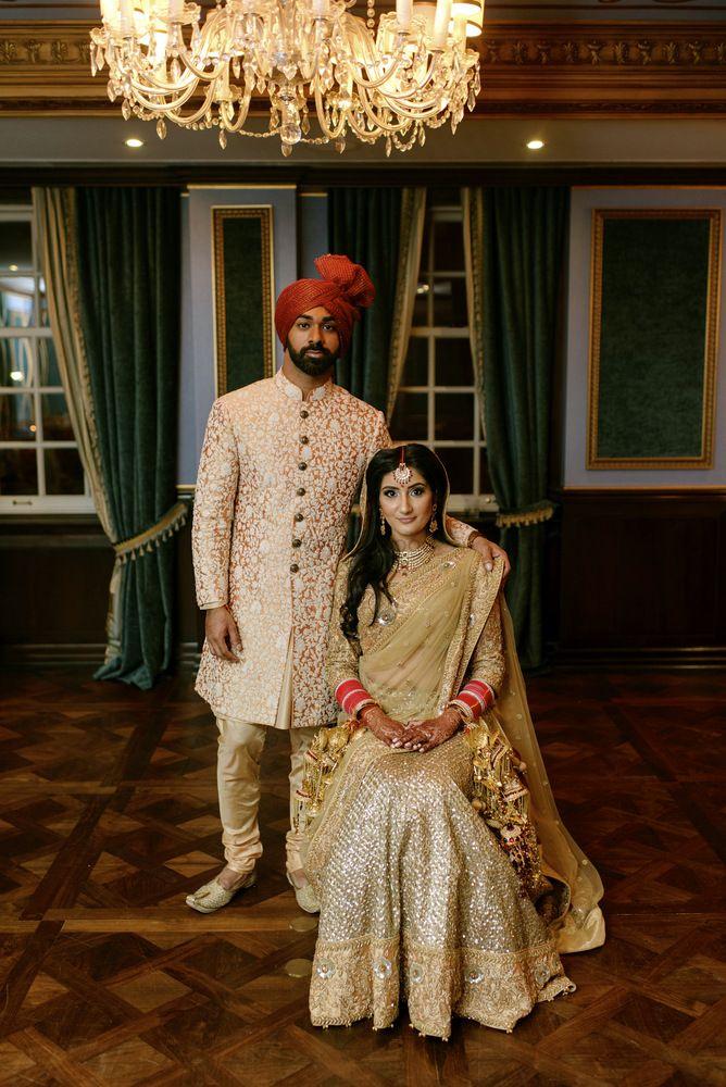 Photo of royal couple portrait