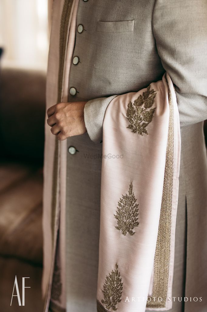 Photo of Groom stole with embroidery
