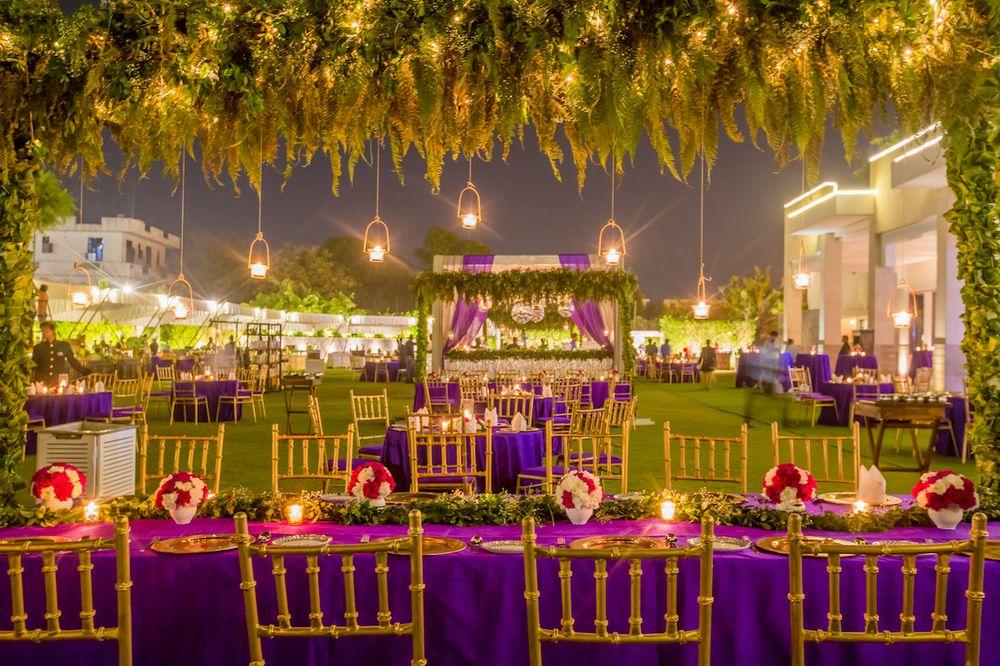 Photo of A gorgeous table setting decor