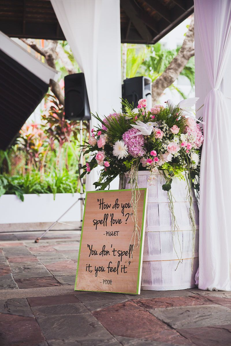 Photo of Love quote on wooden signage