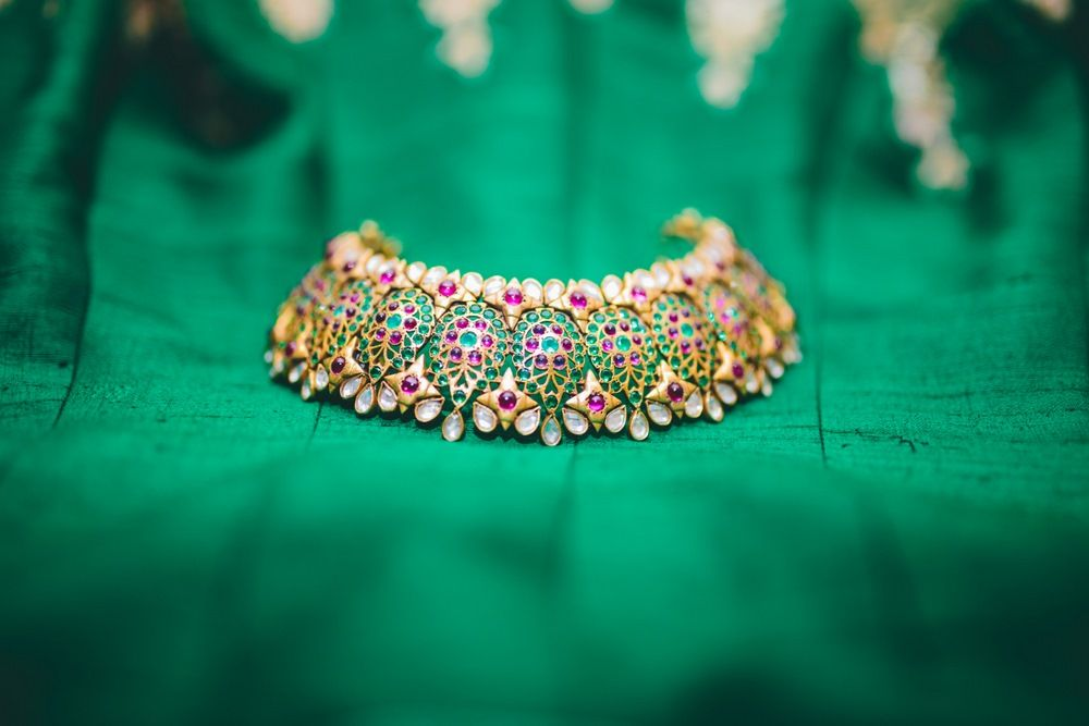 Photo of Gold choker bridal necklace with colorfuls tones