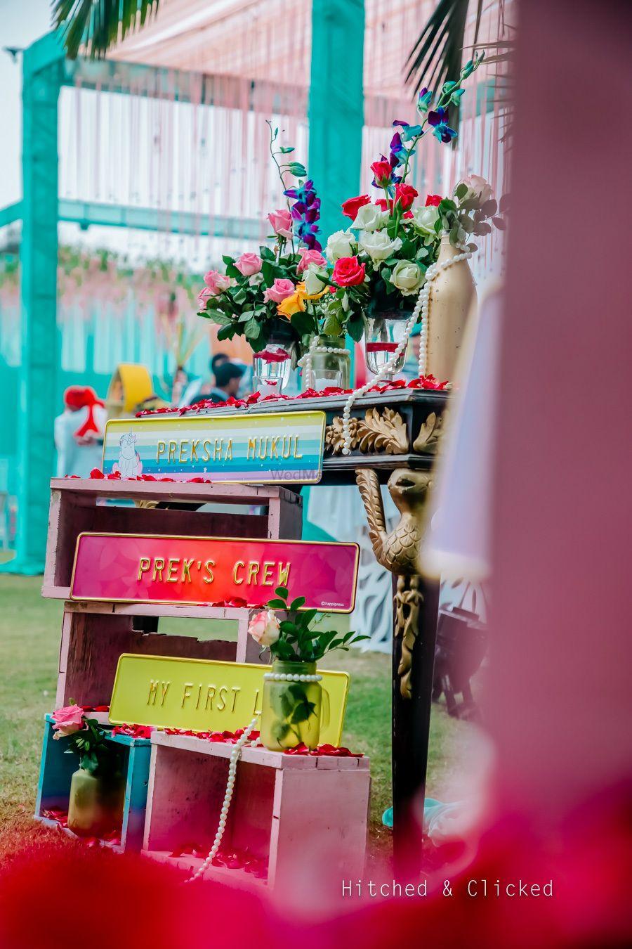 Photo of Mehendi personalised decor idea with names