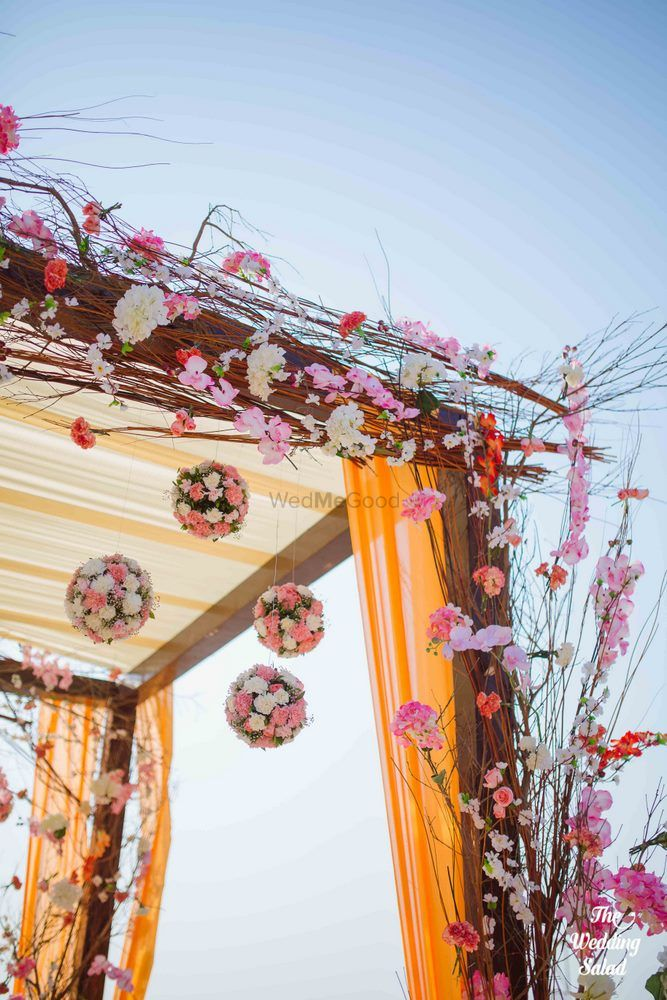 Orange Wedding Decor Photo mandap decor