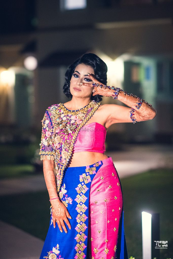 Photo of Unique hand jewellery and outfit for sangeet