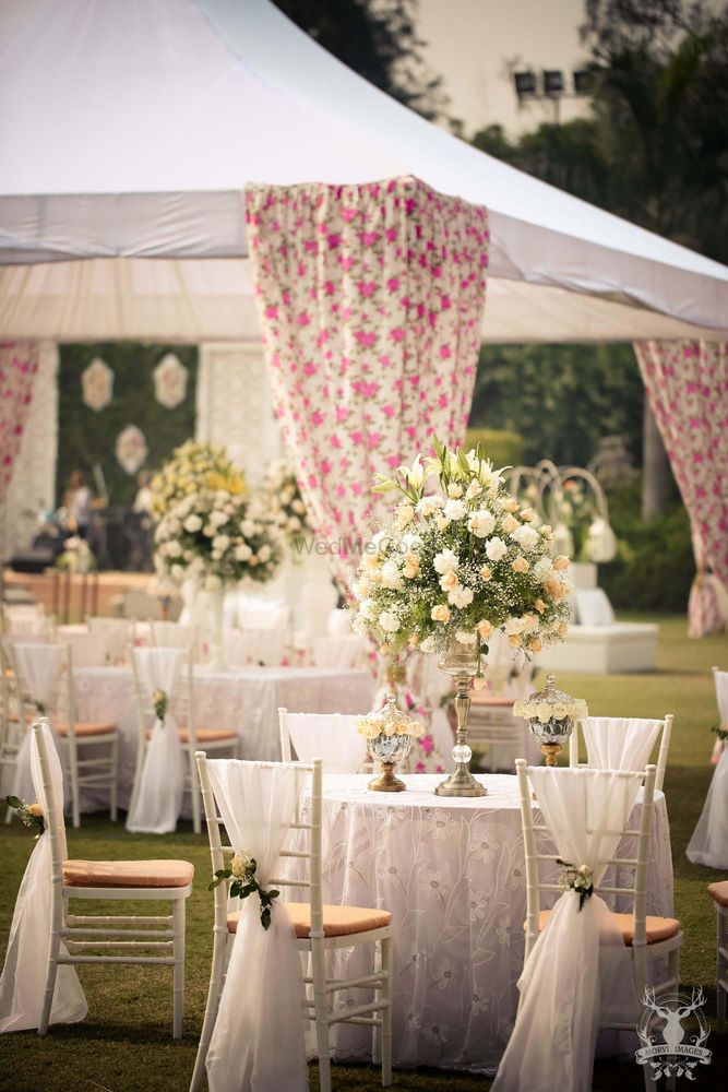 Photo of floral print tenting