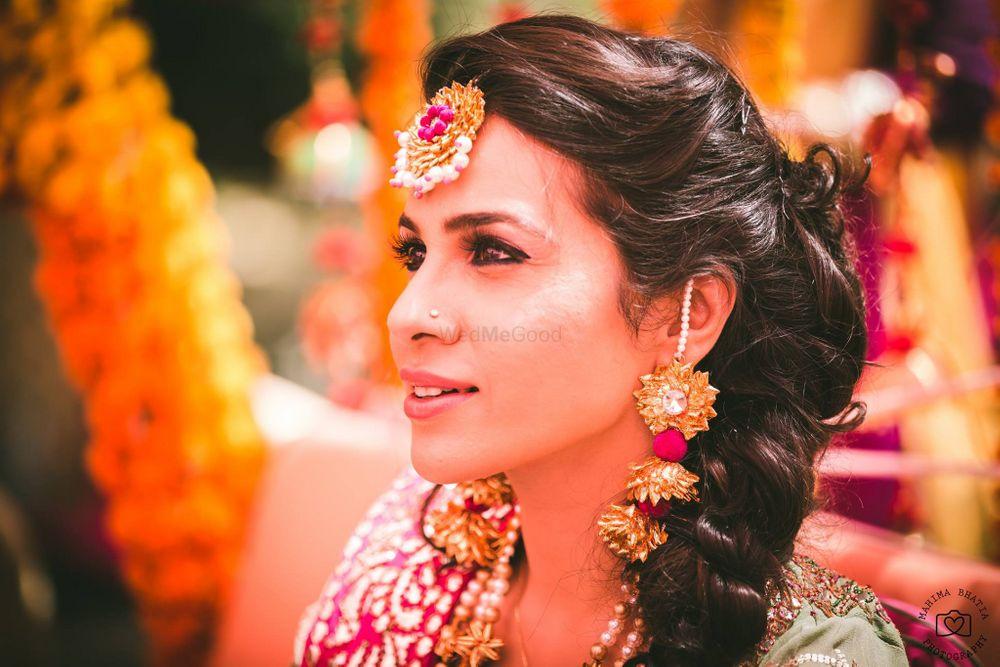Photo of Gota jewelry worn by bride on mehendi