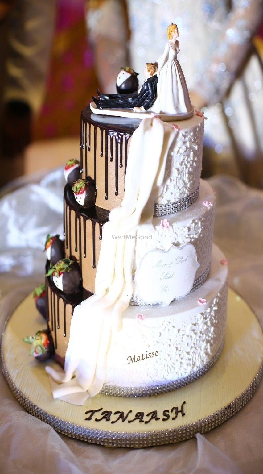 Photo By Matisse Cake Design Studio - Cake