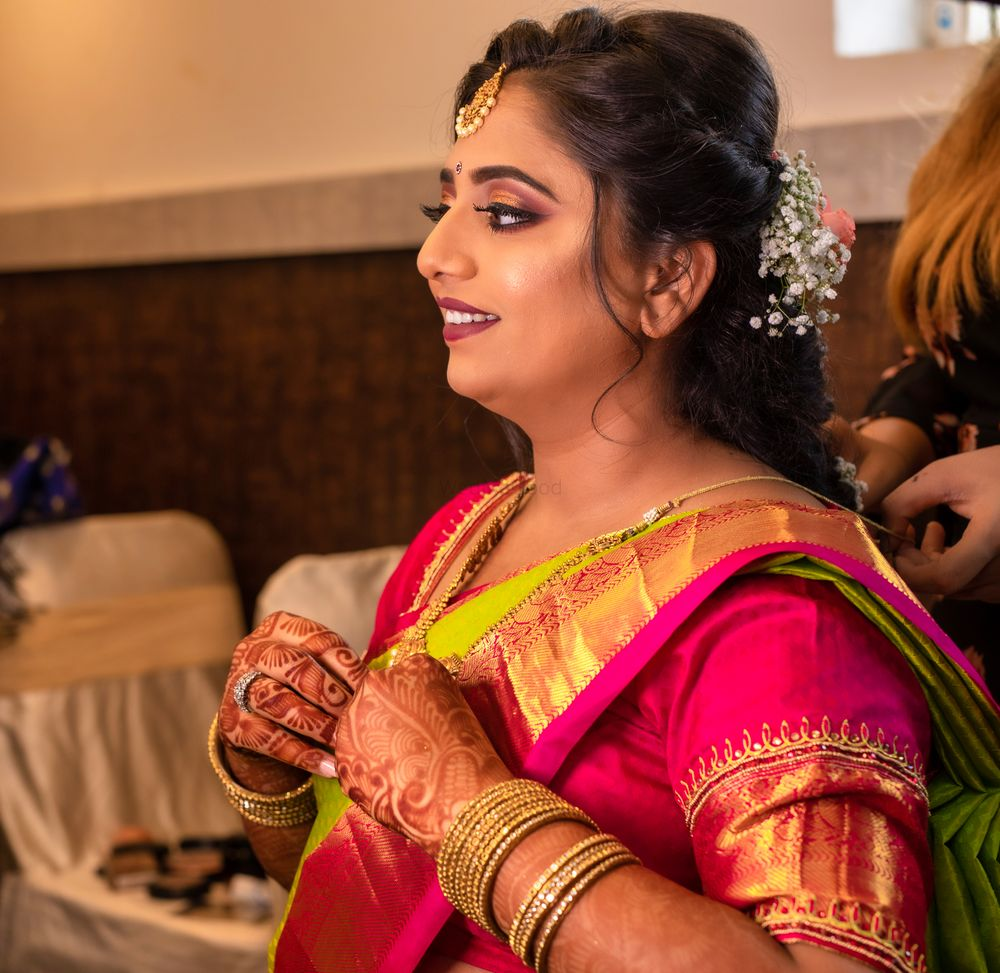 Photo By Makeovers by Sheetal - Bridal Makeup