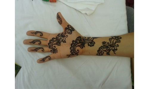 Photo By  Farah Bride's First Choice - Mehendi Artist