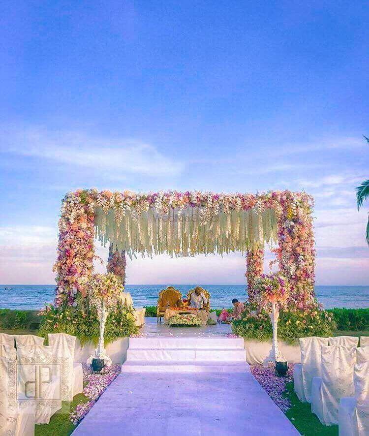Photo of Beautiful outdoor mandap decor