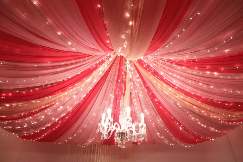 Photo By Henna Bespoke Weddings - Decorators