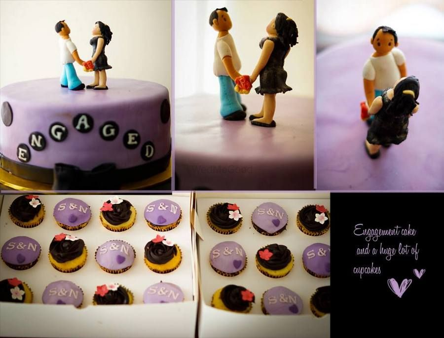 Photo By Zoey's Bake House - Cake