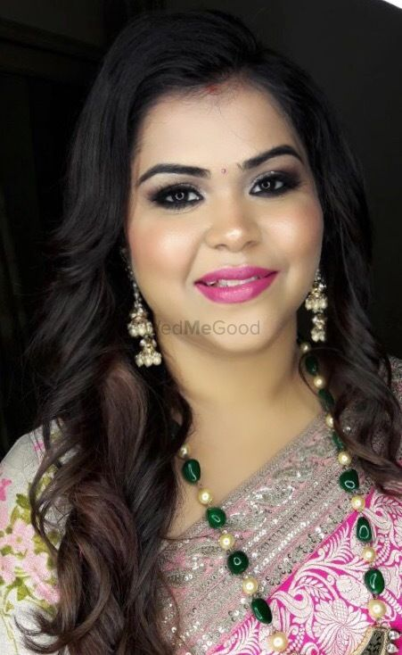 Photo By Wedsta Diamond Package - Family Makeup