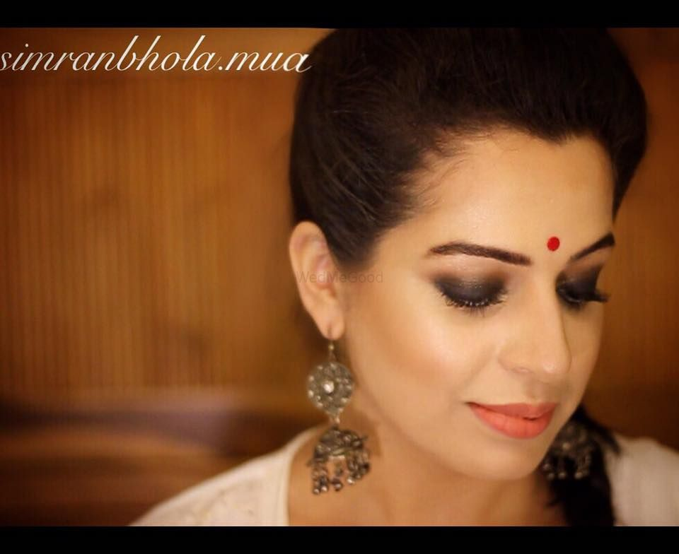 Photo By Makeup Art by Simran Bhola - Bridal Makeup
