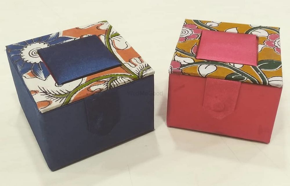 Photo By Wrap n Pack - Trousseau Packers