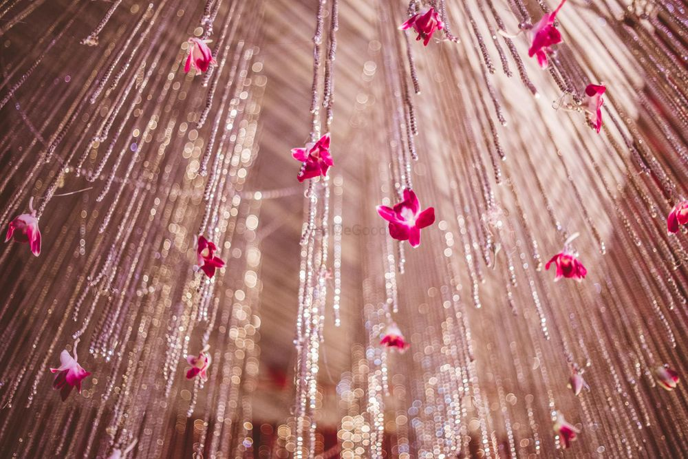 Photo of Hanging floral strings decor
