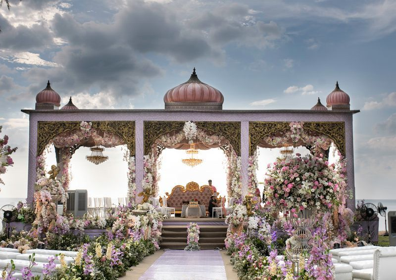 Dark Green Wedding Decor Photo floral decor