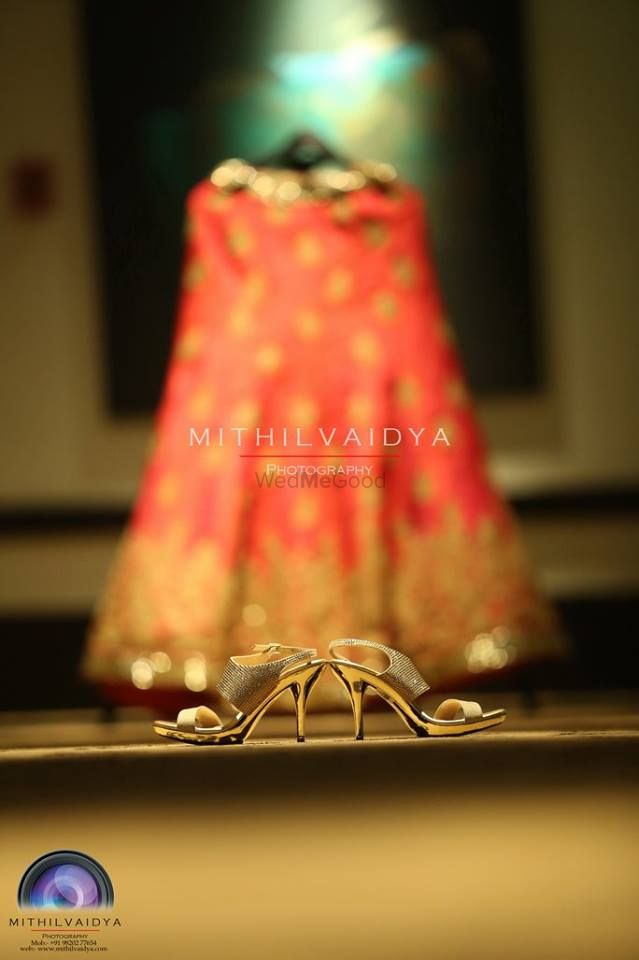 Photo By Mithil Vaidya Photography Services  - Photographers