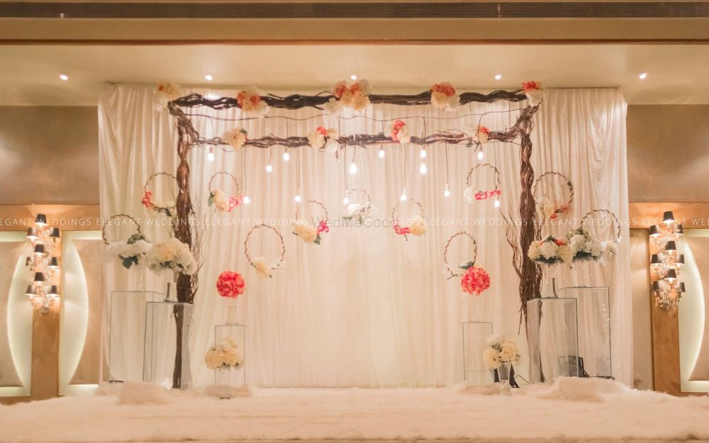Photo By Elegant Weddings - Decorators