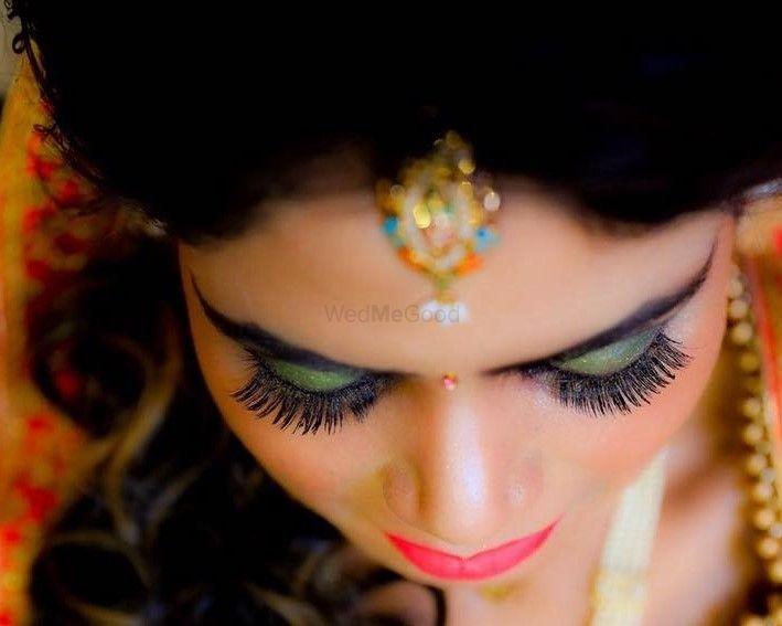 Photo By Powder Room By Tripti Galani - Bridal Makeup