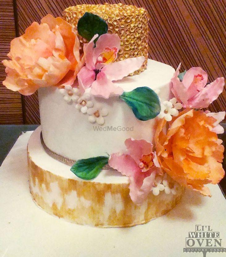 Photo By Li'l White Oven - Cake