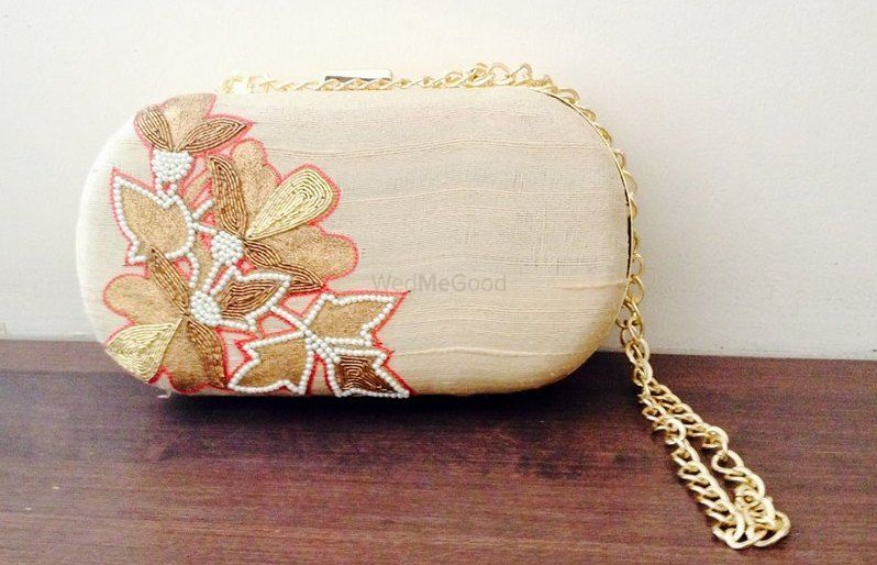 Photo By Papillon Clutches - Accessories