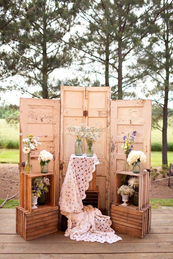 Photo of Decor rustic idea for backyard engagement