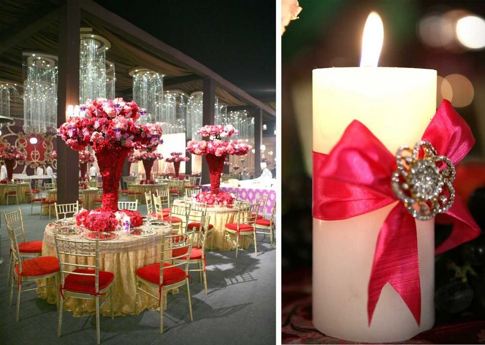 Photo of tall table centerpieces