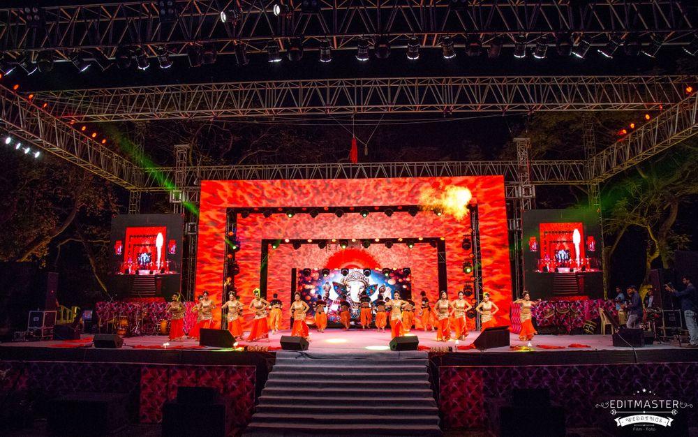 Photo By Raahil Dance Team - Sangeet Choreographer